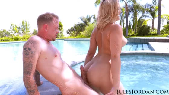 alexis Texas' LARGE Butt Teasing Jules Jordan's Pecker With Ace fuck