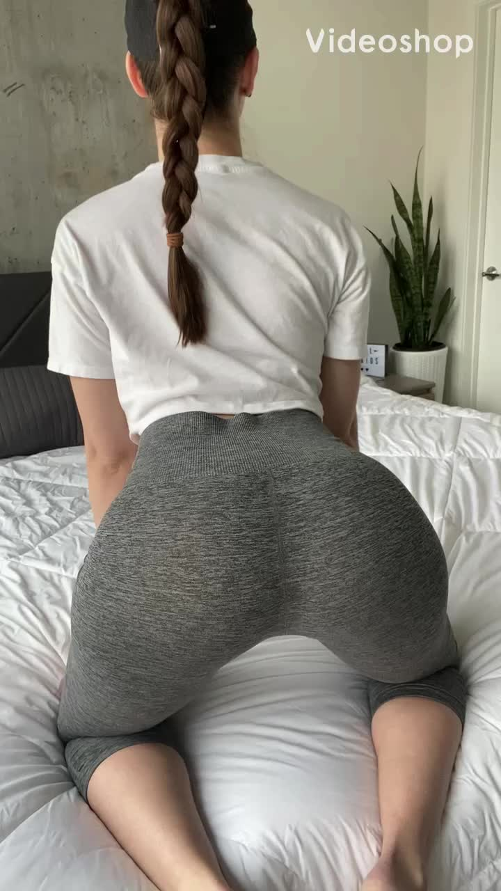 How many dicks can I get hard this morning? 💕