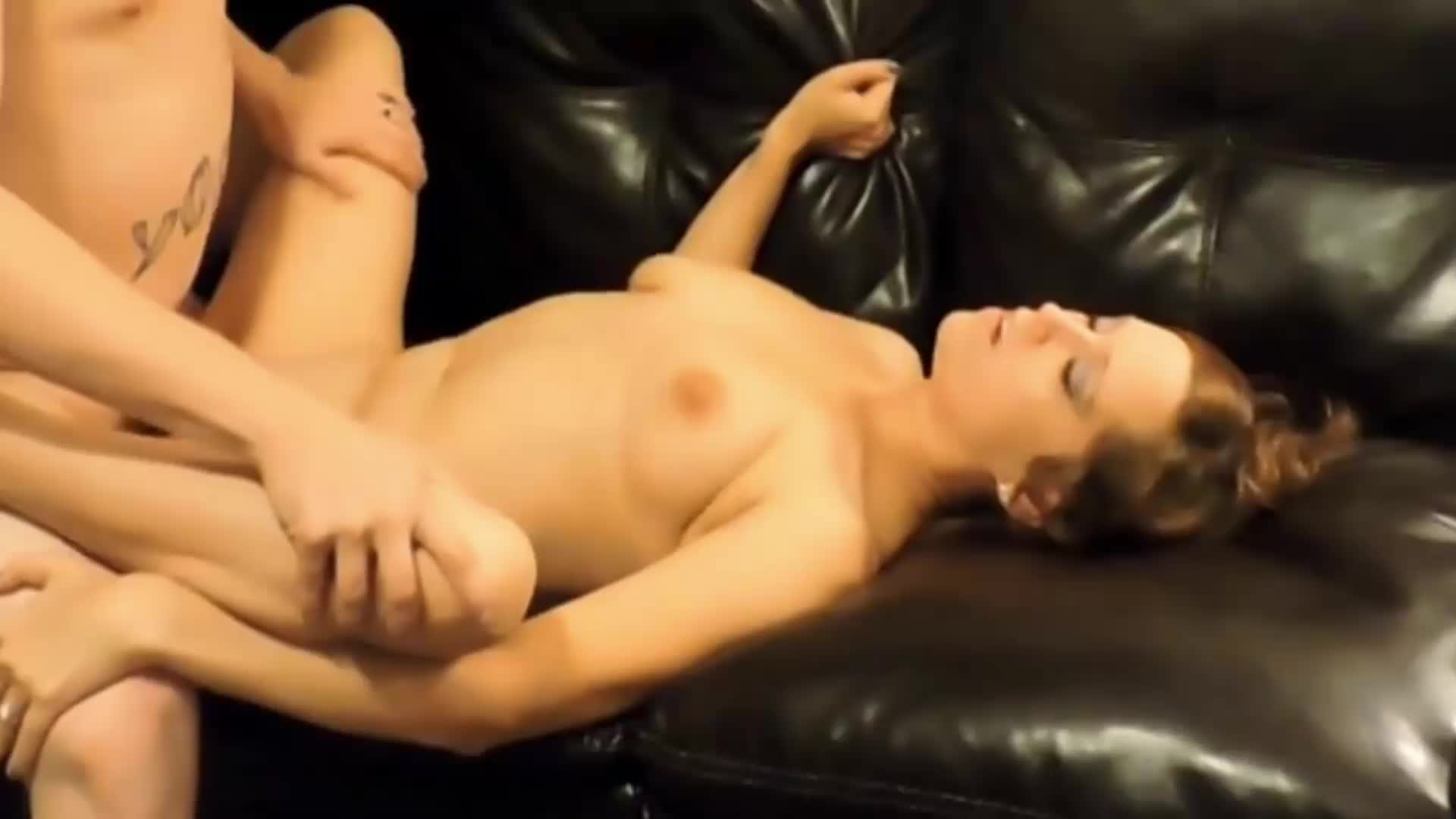 Taking a hot cumshot all over her