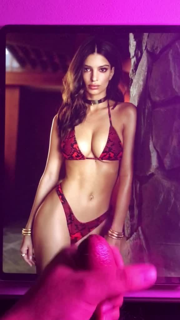 large Load for Emily Ratajkowski