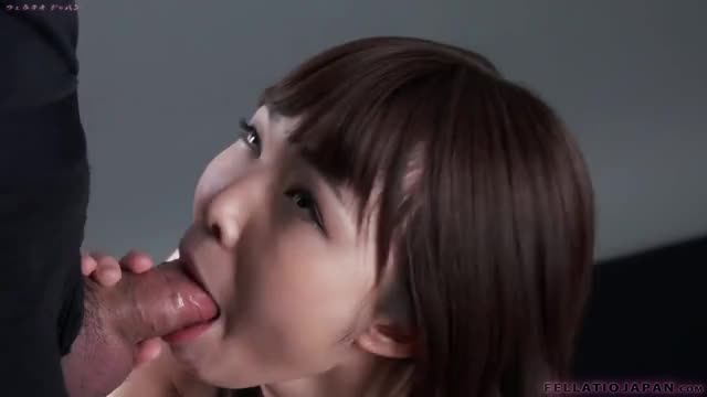 cute Japanese chick gets a creamy facial