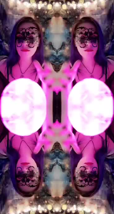 Whats more hypnotic my tits or my magical orb 💫💫