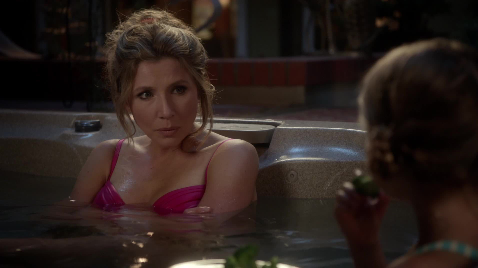 sarah chalke, How To Live With You Parents... GIFs