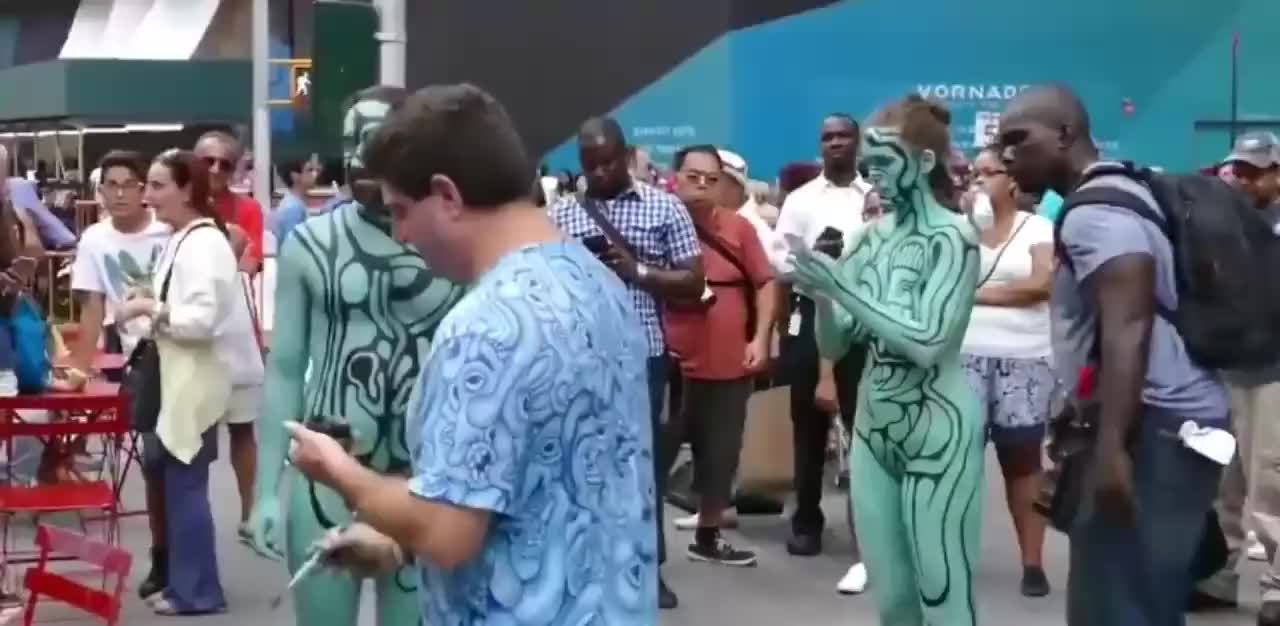 Latina's Huge Tits Get Painted In Public